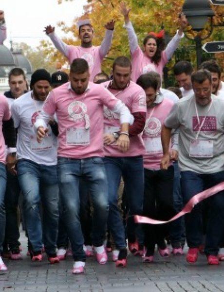 Muškarci na štiklama i ove godine podržali borbu protiv raka dojke