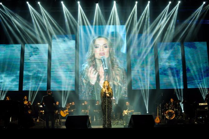 Jelena Tomašević Fotografija 5 Jelena Tomašević oduševila izborom haljine na prvom solističkom koncertu