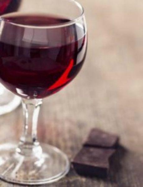 Zagrej se u hladnim danima uz čokoladno vino (RECEPT)