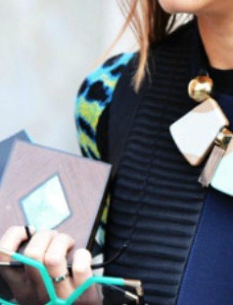 Stilski saveti za savršeno kombinovanje ogrlica sa odevnim komadima