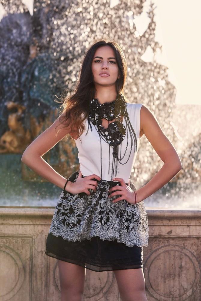 DSC 0370 1 880x1321 Modna dizajnerka Danka Karović oduševila na reviji u Francuskoj