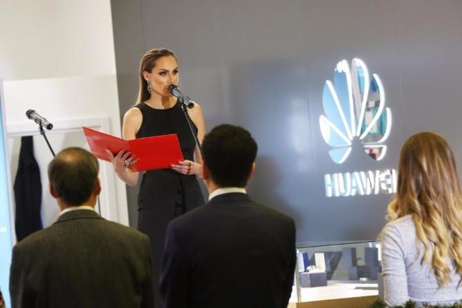 Huawei Experience Store 2 Zavirite u futurističku Huawei oazu