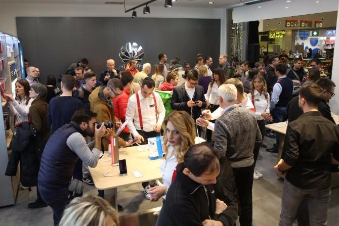Huawei Experience Store 3 Zavirite u futurističku Huawei oazu