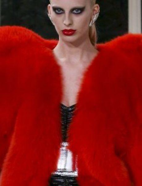 10 nezaboravnih komada sa modnih pista koji će nas uvek podsećati na 2016.