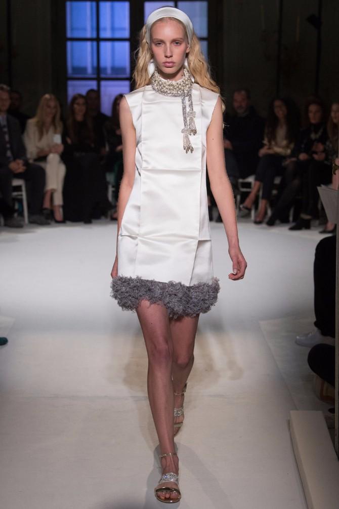 14 Haljine koje su obeležile sam početak Nedelje visoke mode u Parizu (GALERIJA)