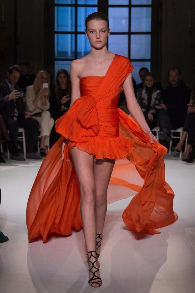 24 Haljine koje su obeležile sam početak Nedelje visoke mode u Parizu (GALERIJA)