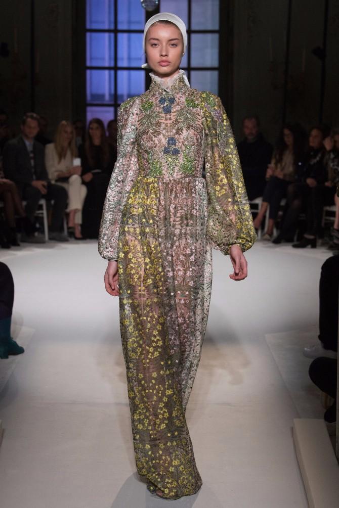 34 Haljine koje su obeležile sam početak Nedelje visoke mode u Parizu (GALERIJA)