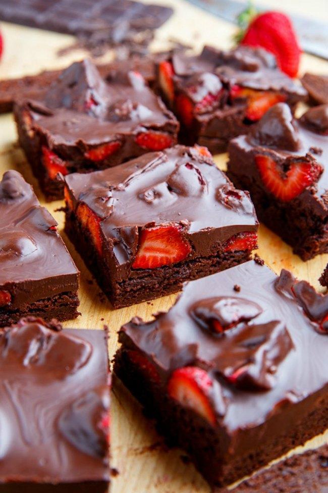 brauni Neka se ponovo zaljubi u tebe: Ukusni dezerti za Dan zaljubljenih (RECEPTI)