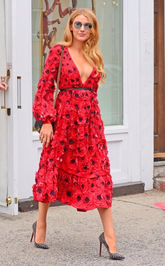 crvena haljina 2 Neka ti IT poznate žene budu stilska inspiracija za Dan zaljubljenih