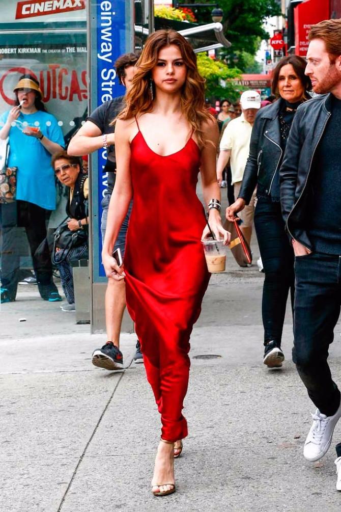 crvena haljina 5 Neka ti IT poznate žene budu stilska inspiracija za Dan zaljubljenih