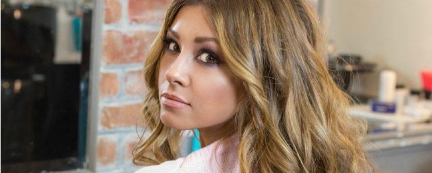 Hair Tutorial: Kako da postigneš Messy Look? (VIDEO)
