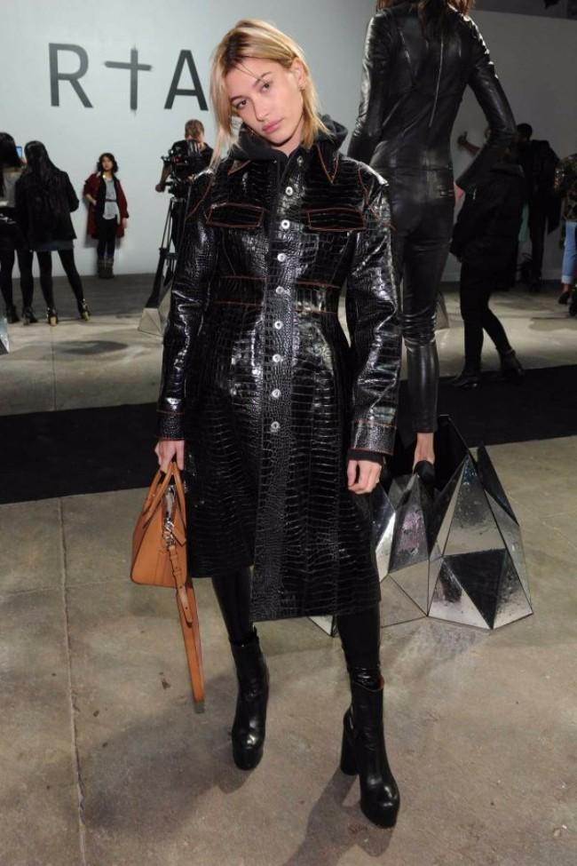 hejli boldvin Od ulice, preko bekstejdža, do piste: Najbolje kombinacije sa Nedelje mode u Njujorku
