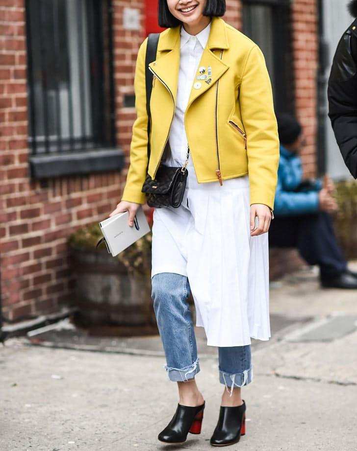 kozna jakna Žuta je IN, a evo kako možeš da je stilizuješ u svim prilikama