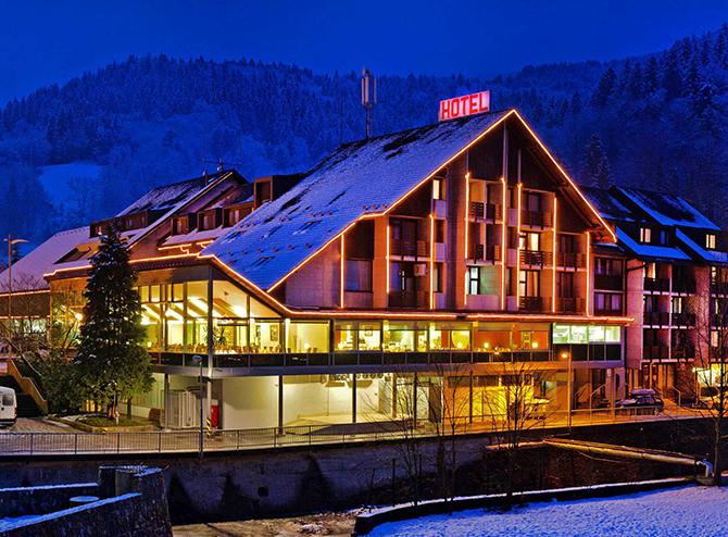 restavracija hotela cerkno galerija namestitve hotel cerkno slika Zimski vodič kroz Sloveniju: Kako da isplanirate savršeni odmor u podnožju Alpa (Blog)