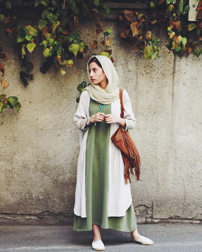 stil iranki 1 Street style kombinacije koje će razbiti predrasude prema stilu Iranki