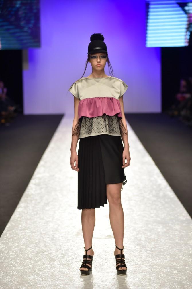 Aleksandra i Yoanna Originalno drugo veče Belgrade Fashion Week a