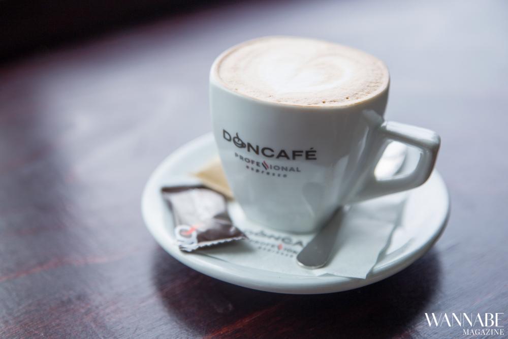 Mala škola kafe Sve što nisi znala o svom omiljenom napitku Mala škola kafe: Kako da prepoznaš dobar espresso, macchiato i cappuccino? (VIDEO)
