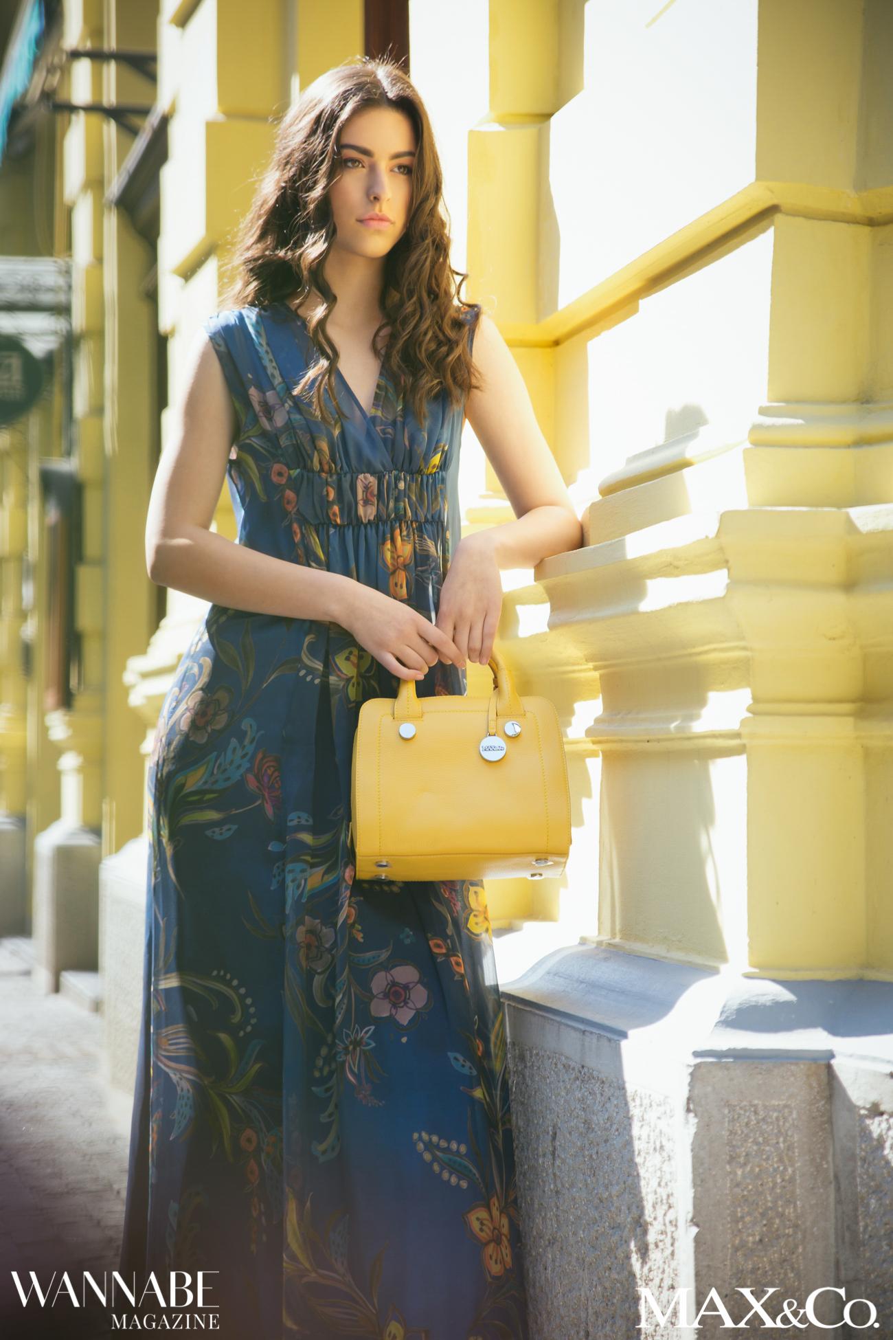 MaxCo 4 2 4 Naša nova omiljena kombinacija boja: Kobalt plava i sunce žuta!