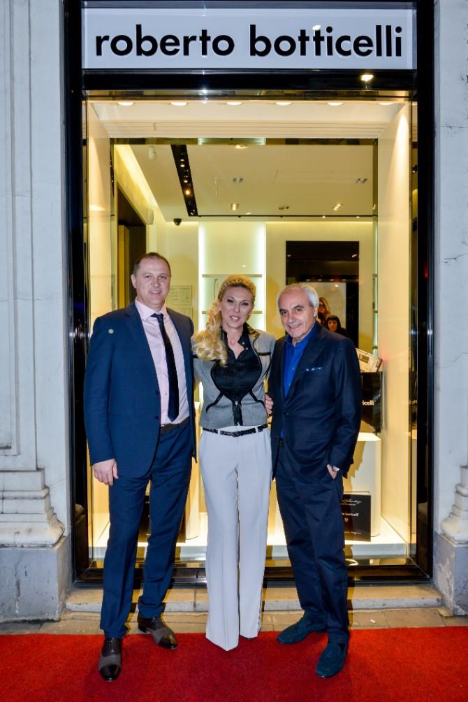 Roberto Botticeli i gospodja i gospodin Bozovic Beograd posetio jedan od najboljih modnih znalaca   Roberto Botičeli