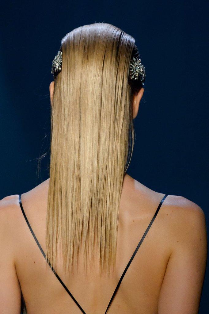 Slick Structural Hair Prolećni trendovi koje su odobrili beauty stručnjaci