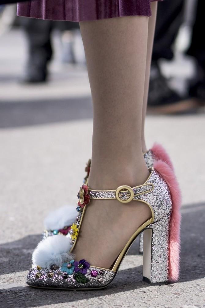 pfw 11 Street style aksesoari sa Pariske nedelje mode postavljaju standarde