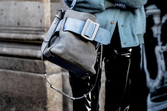 pfw 4 1 Street style aksesoari sa Pariske nedelje mode postavljaju standarde
