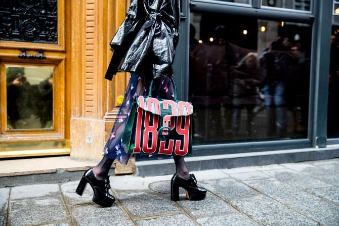 pfw 7 Street style aksesoari sa Pariske nedelje mode postavljaju standarde