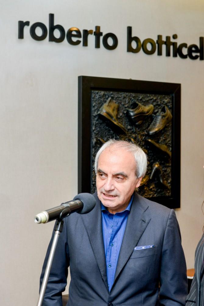 roberto botticelli Beograd posetio jedan od najboljih modnih znalaca   Roberto Botičeli
