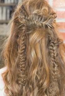 Hair Tutorial: Kako da postigneš Hippie Hair Look? (VIDEO)