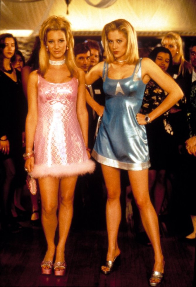 Lisa Kudrow Romy Michele High School Reunion Najupečatljiviji modni momenti iz omiljenih filmova i serija koje nikada nećemo zaboraviti