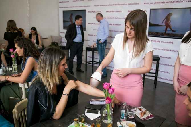 Philips Lumea Prestige demonstracija 2 Aparat za uklanjanje dlačica koji je izabralo više od million žena