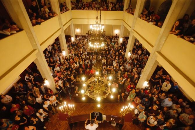 Beogradska sinagoga Noc muzeja 2017 Vesela nesanica držala je Srbiju u 14. Noći muzeja budnom!