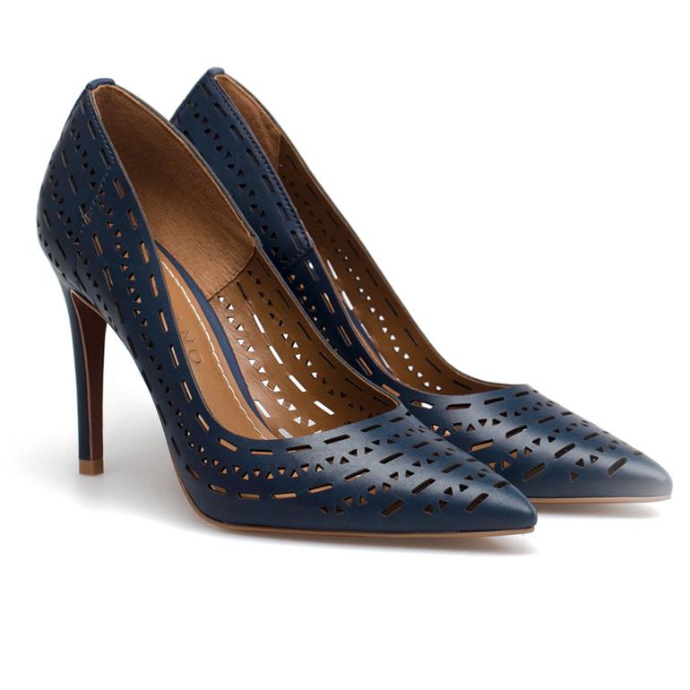 Carrano 134914 vegetal indigo 2 10 modela cipela u kojima ćeš pokidati tokom maturske večeri