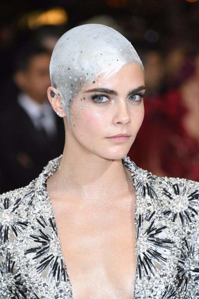 kara delevinj Met Gala 2017: Beauty izdanja koja su privukla najviše pažnje
