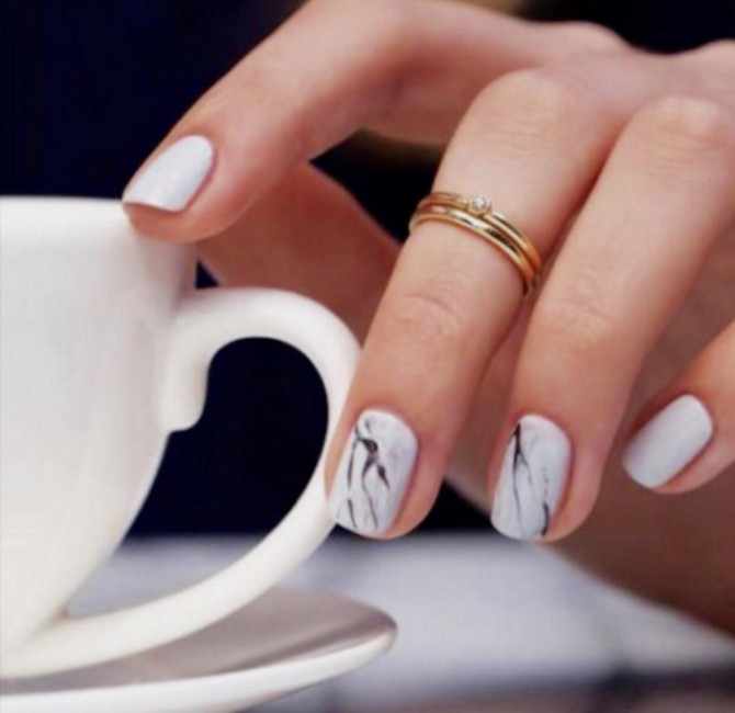manikir 2 1 Kako da učiniš da gel manikir traje duže na tvojim noktima?