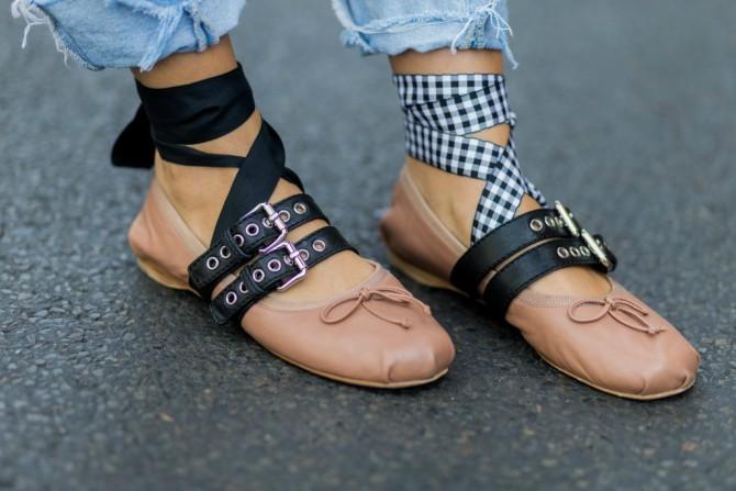 miu miu Zašto sve trendseterke namerno nose rasparne cipele?