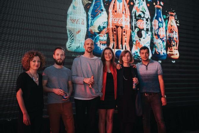 Autori flašica  Coca Cola predstavila ograničenu seriju dizajniranih flašica inspirisanih vrlinama ljudi u srbiji