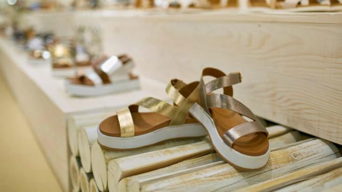 sandale3 #SummerEssentials: Ove sandale su osvojile sve društvene mreže i potrebne su nam   odmah!
