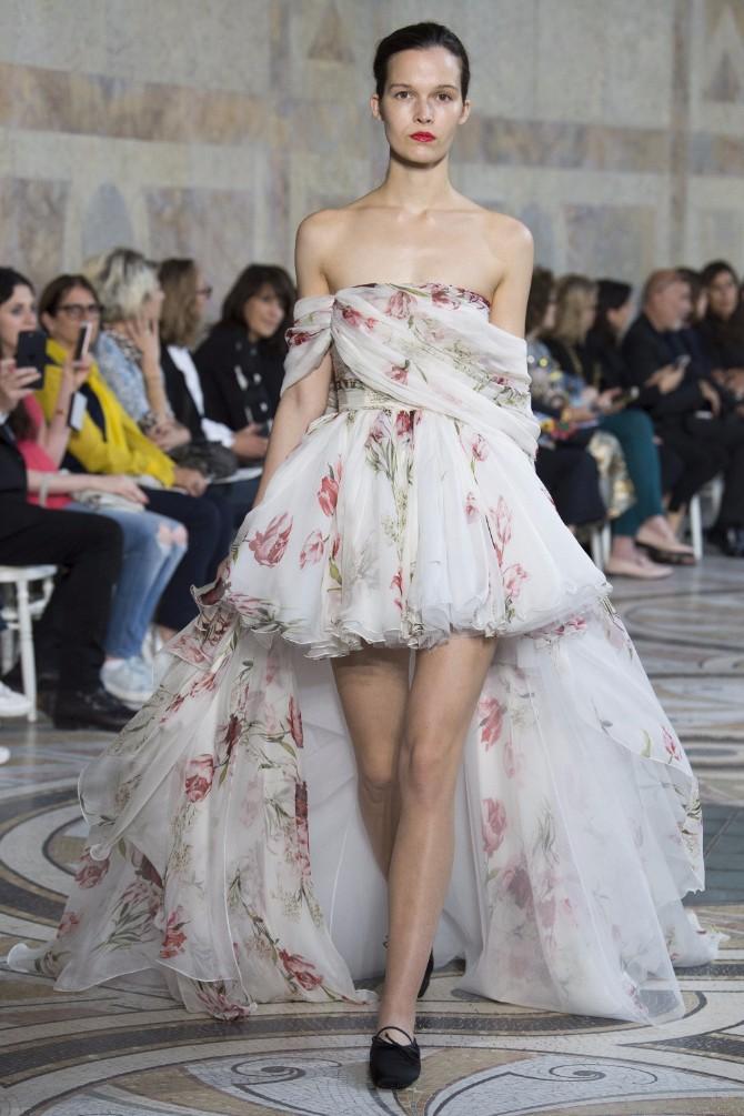 Đanbatista Vali 2 Revija modne kuće Giambattista Valli u Parizu pokazala kako izgledaju savremene princeze