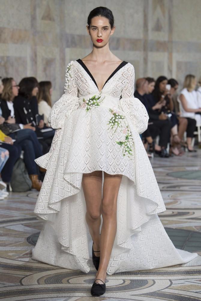 Đanbatista Vali 6 Revija modne kuće Giambattista Valli u Parizu pokazala kako izgledaju savremene princeze