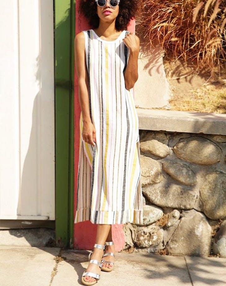 haljina i sandale Letnje modne prečice koje će ti uštedeti vreme