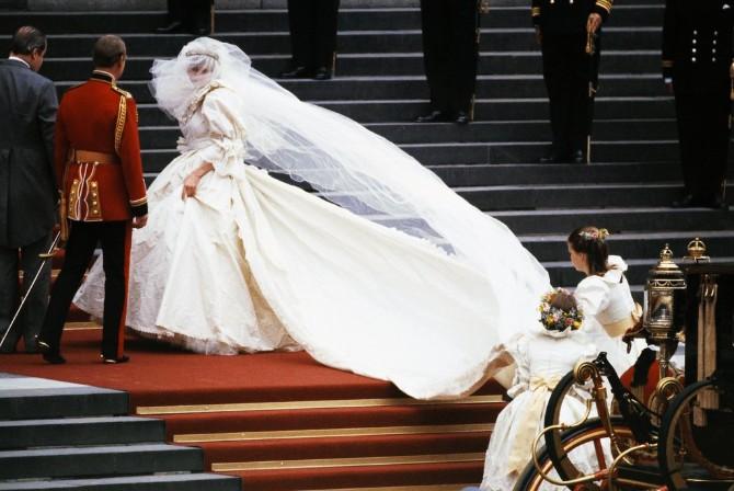 princeza dajana 1 10 razloga zbog kojih će princeza Dajana biti večna stilska ikona i inspiracija
