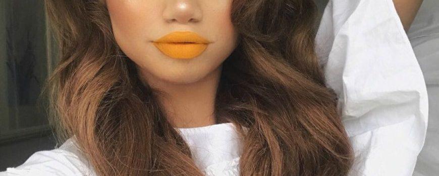 Nikada nećeš pogoditi koji deo lica devojke sada naglašavaju šminkom!