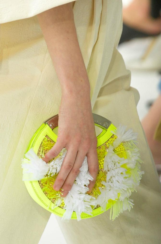 10 2 Najupečatljivije torbe sa Nedelje mode u Nujorku