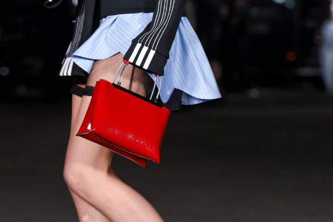 4 2 Najupečatljivije torbe sa Nedelje mode u Nujorku