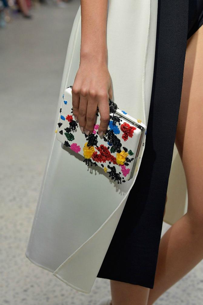 6 1 Najupečatljivije torbe sa Nedelje mode u Nujorku