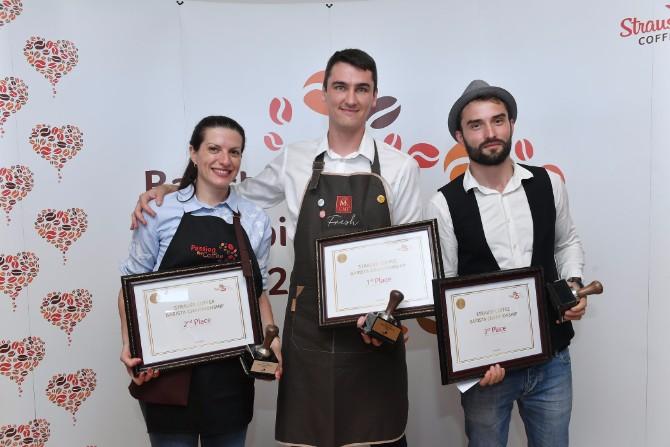 Baristi Jelena Maksimović Kristof Pičeta i Lucijan Enea Strauss Coffee Međunarodno takmičenje barista: Titulu najboljeg bariste odneo je Kristof Pičeta iz Poljske
