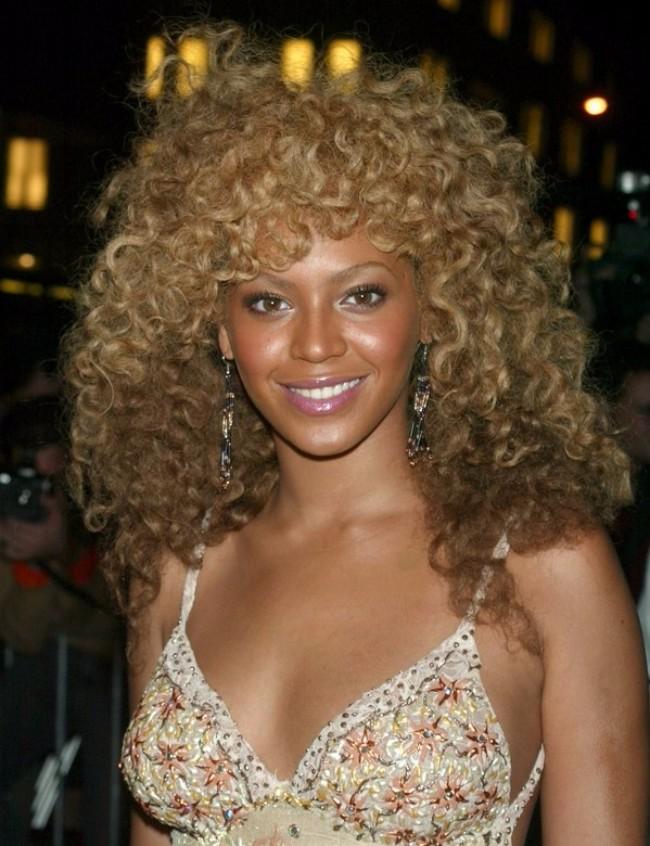 bijonse afro lokne Najbolje frizure Bijonse od 2000. do danas