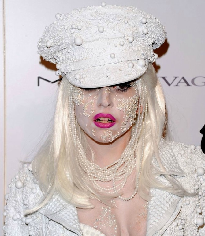 lejdi gaga Da li je ovo najzanimljiviji makeup ikada?
