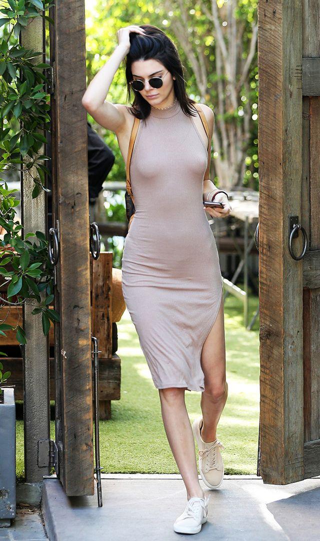 pripijena haljina #InstaOfficial: Svi prate No Bra trend!